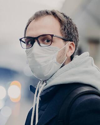 Gesichtsmaske Brille Beschlägt